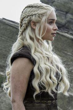 Emilia Clarke ♥ Daenerys Targaryen ♚ Game of Thrones ♚ Braided Hairstyles, Wedding Hairstyles, Cool Hairstyles, Viking Hairstyles, Hairstyle Ideas, Hair Inspo, Hair Inspiration, Emilia Clarke, Grunge Hair