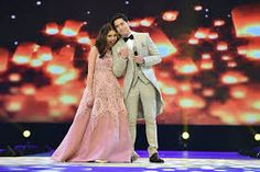 Alden Richards And Maine Mendoza performes during the Eat Bulaga Tamang Panahon at the Philippine Arena in Bulacan October 2015 / photo- Eat Bulaga Gma Shows, Sweet Hug, Maine Mendoza, Alden Richards, Sky Lanterns, Guinness World, Trending Topics, Top Trending, World Records