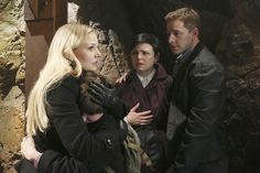 "Once Upon A Time ""And Straight On 'til Morning"" S2EP22"