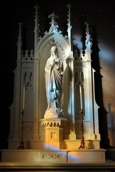 May the beloved and powerful name of Mary be praised, honoured and invoked forever. Amen