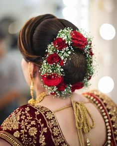 Top 15 Floral Bun Hairstyles for Brides this Wedding Season - Fashion Find more looks at our fb page or website. Bridal Hairstyle Indian Wedding, Bridal Hair Buns, Bridal Hairdo, Indian Wedding Hairstyles, Diy Hair Accessories Beads, Wedding Hair Accessories, Indian Accessories, Engagement Hairstyles, Wedding Bun Hairstyles