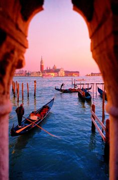 Take advantage of our group travel deals to Italy. A trip to Italy can be tough to plan, This 12 day tour is also perfect for a group trip. Travel Jobs, Ways To Travel, Best Places To Travel, Places To Visit, Venice Travel, Italy Travel, Travel Europe, European Travel, Budget Travel