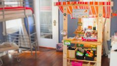 Play kitchens are one of the most popular big holiday gifts for toddlers and preschoolers, but if you think your kids might have more of an entrepreneurial bent than a domestic one, a play store may be in order