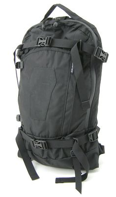 burton ak 15l (good skateboard bag)