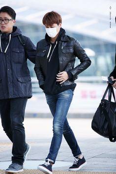 Incheon Airport to Macau 151120 : Kai