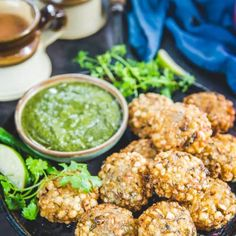 Sabudana Vada often known as Sago Vada is a deep fried Maharashtrian appetizer which makes for a very good evening snack or breakfast. Veg Recipes, Indian Food Recipes, Indian Snacks, Easy Recipes, Vegetarian Food List, Farali Recipes, Sabudana Vada, Appetizer Recipes, Appetizers
