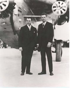 Charles Lindbergh (right) with Juan Trippe (left) president and founder of Pan American World Airways, Inc. Most Popular People, Rc Model Airplanes, Becoming A Pilot, Charles Lindbergh, National Airlines, Wife Pics, Henry Fonda, Pan Am, San Diego Living
