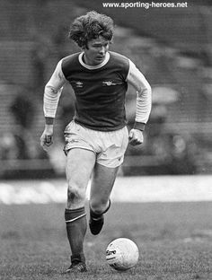 Willie Young - the first Arsenal player I ever met.  Outside Highbury on a match-day in the early '80s. He seemed like a giant!
