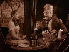 *DOROTHY & PROFESSOR MARVEL ~ The Wizard of Oz, 1939