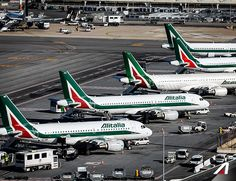 Dove vorresti #volare?  Where would you like to #fly?  #livery #Alitalia #flight #Airport