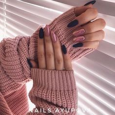 Long Nails Design Ideas You Should Try Today The most memorable and attractive ones will be the stylish long nail design. Drawing and painting on the long nails. And you can turn any design you like into reality. Romantic patterns, beautiful l. Stiletto Nails, Coffin Nails, Long Nails, My Nails, Nails Today, Short Nails, Long Nail Designs, Art Designs, Design Art