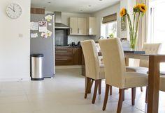 DebbieandTony's situé à Maidstone, United Kingdom. Trouver plus d'inspiration design sur MADE.COM/Unboxed.
