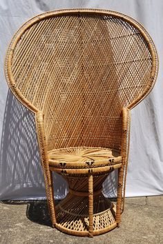 Awesome 1000+ Images About Antique Wicker Furniture On Pinterest | Peacock .