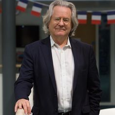 """Professor A.C. Grayling, regular speaker at Cranleigh, is Master of the New College of the Humanities, and a Supernumerary Fellow of St Anne's College Oxford. Professor Grayling writes on """"Embracing the Culture of Philosophy"""" in the #cranleighculture magazine; you can read his article here: www.cranleigh.org/culture/embracing-culture-philosophy #cranleigh #cranleighschool #dedicatedcommunity #cranleighmagazine #culture #philosophy"""