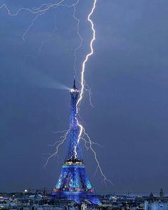#lightning#paris