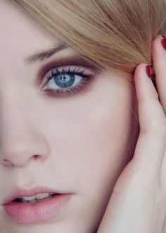 Beautiful makeup for hooded eyes Beauty Makeup, Hair Makeup, Hair Beauty, Beauty 101, Beauty Hacks, Make Up Tricks, How To Make, Hooded Eye Makeup, Hooded Eyes