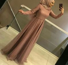 43 Trendy Fashion Hijab Formal Abayas Source by sakinahshawkey hijab Hijab Gown, Hijab Dress Party, Hijab Style Dress, Hijab Wedding Dresses, Casual Hijab Outfit, Wedding Abaya, Abaya Fashion, Muslim Fashion, Fashion Dresses