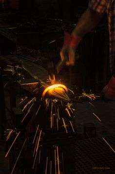 Forge Welding a Ring #blacksmith #anvil