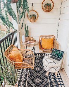 Small Balcony Design, Small Balcony Decor, Small Outdoor Spaces, Outdoor Balcony, Balcony Ideas, Patio Ideas, Small Patio, Modern Balcony, Porch Ideas