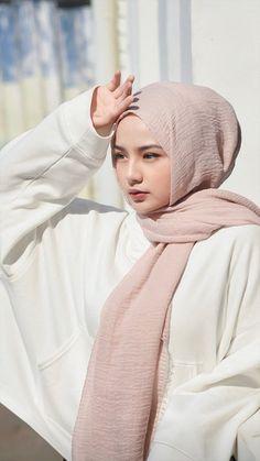 Modest Fashion Hijab, Stylish Hijab, Niqab Fashion, Modern Hijab Fashion, Street Hijab Fashion, Casual Hijab Outfit, Hijab Fashion Inspiration, Hijab Chic, Muslim Women Fashion