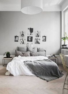 4 Bliss Cool Tips: Minimalist Bedroom Men House french minimalist decor glass doors.Minimalist Home Design Minimalism minimalist bedroom diy plants.Minimalist Home With Children Living Rooms. Modern Minimalist Bedroom, Interior Design Minimalist, Minimalist Home, Small Modern Bedroom, Simple Bedrooms, Feminine Bedroom, Trendy Bedroom, Modern Interior, Bedroom Decor On A Budget