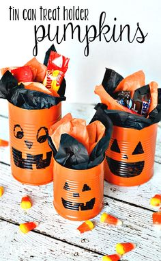 Tin Can Pumpkins Craft Tutorial, an easy idea for a Halloween activity for kids or a party centerpiece. Halloween School Treats, Halloween Activities For Kids, Halloween Goodies, Halloween Crafts For Kids, Halloween Birthday, Diy Halloween Decorations, Halloween Gifts, Halloween Pumpkins, Halloween Centerpieces