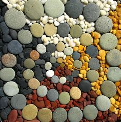 More Easy DIY Garden Projects with Stones