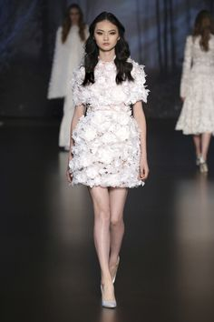 Ralph & Russo Couture Fall 2015: This floral textures dress is unique and pretty!