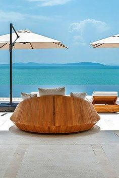 Lavish Travel Destinations of Luxury Retreats