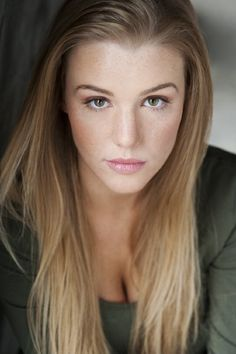 Emily Peachey - Pictures, Photos & Images - IMDb