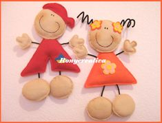 Cute Felt Boy Girl - (picture only) - felt and pipe cleaners. Felt Fabric, Fabric Dolls, Paper Dolls, Felt Crafts, Diy And Crafts, Paper Crafts, Craft Projects For Kids, Felt Toys, Felt Ornaments