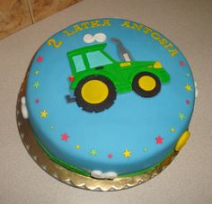 Simple tractor cake :)