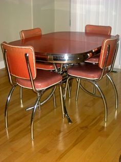dinette set - love the curved legs on the chairs!