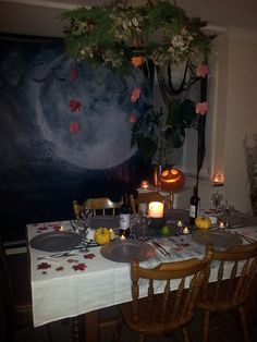gothic table settings | Gothic Table Setting | Decor: Dark Dinning ...