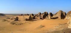 Sudan. Piramidi di Meroe