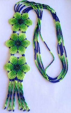 VK is the largest European social network with more than 100 million active users. Beaded Earrings Patterns, Peyote Patterns, Beaded Necklace, Beaded Bracelets, Bijoux Diy, Bead Jewellery, Fantasy Jewelry, Beads And Wire, Beaded Flowers