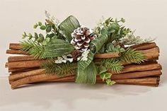 Deixe a sua mesa linda neste final de ano inspirando-se nos 17 Artesanatos para decorar mesa de Natal que trouxemos. Use materiais que você já possua em casa para economizar ainda mais este ano, mas sem perder o charme e a beleza, já que a data pede. O passo inicial para montar a decoração de …