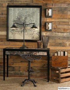 skrivbord,lampa,trä