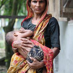 #Mother and Child#BANGLADESH Columbus Travel, Mother India, Child, Fashion, Moda, Boys, Kid, Fashion Styles, Children