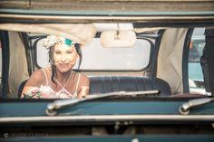 Fotógrafo de bodas. Boda en la playa. Beach wedding. Wedding car