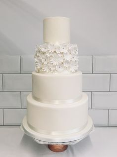 Home - Hannah Hickman Cakes Cake Ideas, Wedding Cakes, Sweets, Desserts, Food, Flowers, Wedding Gown Cakes, Tailgate Desserts, Deserts