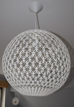 Decor Crafts, Diy And Crafts, Crochet Furniture, Crochet Lamp, Diy Luminaire, Lace Lamp, Doilies Crafts, Diy Crafts Crochet, Border Embroidery Designs