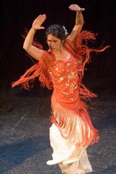 #Flamenco #faistesvacances  http://www.faistesvacances.fr/club-de-vacances-stage-danse-flamenco-sevilla-1703_19.html #pinspiration