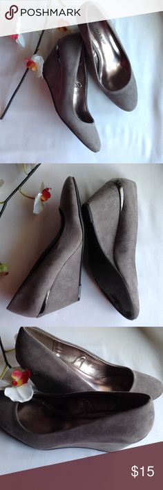 """Massini Swede Wedges Great condition massini swede wedges 2 1/2"""" heels , comfy shoes ,easy to walk in ., soft outside. Light brown color. massini Shoes Wedges"""