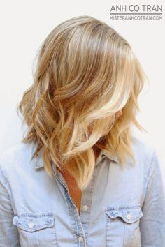 25 Medium Length Hairstyles You'll Want to Copy Now -- Looking for medium length hairstyles? Here are 25 you'll want to copy right now.