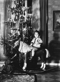 1930-luvun jouluheppa. Kuva; Helsingin kaupunginmuseo. #helsinki #joulu