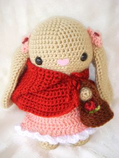 Nice idea to pur a heart for the amigurumi's nose