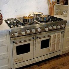 Viking double oven, 6 burner and griddle