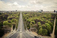 Berlin | Siegessäule | 2012 by Evelyne Leveke, via Flickr