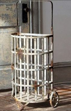 11 Best Vintage Metal Wire Laundry Baskets Images In 2011